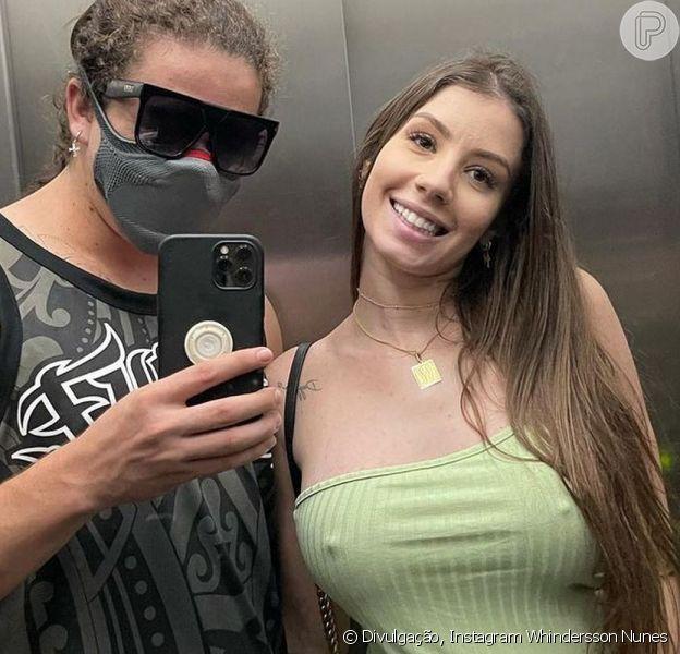 Whindersson Nunes mostrou a barriga de gravidez da noiva, Maria Lina