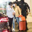 Marina Ruy Barbosa foi clicada quando voltava de viagem às Maldivas com o novo namorado