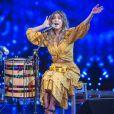 Mãe de 2, Carolina Dieckmann também tem lado cantora