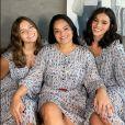 A beleza e a semelhança entre Bruna Marquezine, a irmã e a mãe foram ressaltadas na web