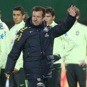 Dunga comenta declarações envolvendo Neymar e Thiago Silva: 'O treinador decide'