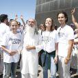Famosos foram ao evento 'Awaken Love', promovido por Sri Prem Baba pela paz mundial