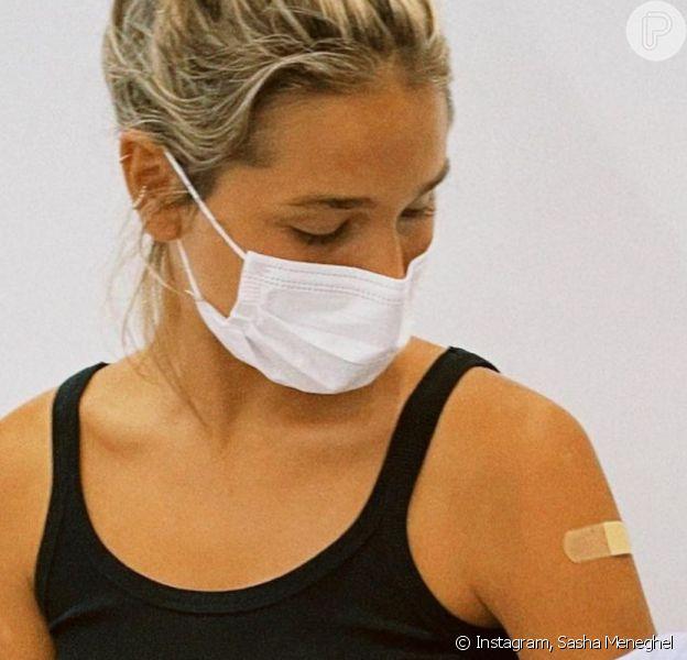 Sasha e João Figueiredo se vacinam contra Covid-19 em NY após lua de mel: 'Esse dia chegou'