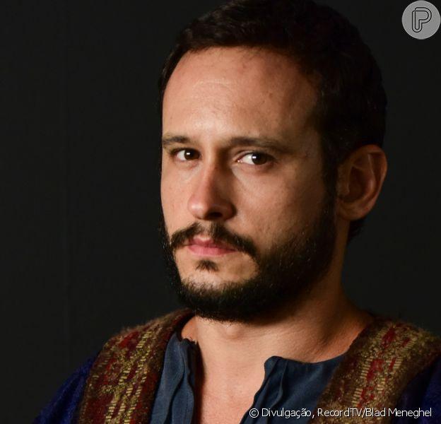 Novela 'Gênesis': Ismael (Iano Salomão) vai surpreender Isaque (Guilherme Dellorto) em reencontro após 50 anos. 'Não está me reconhecendo?'