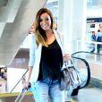 Carol Nakamura viajou para São Paulo para fazer teste para ser repórter no 'Pânico na Band'. A ex-assistente de palco do 'Domingão do Faustão' foi flagrada embarcando no aeroporto Santos Dumont, no centro do Rio de Janeiro, na quarta-feira, 19 de novembro de 2014