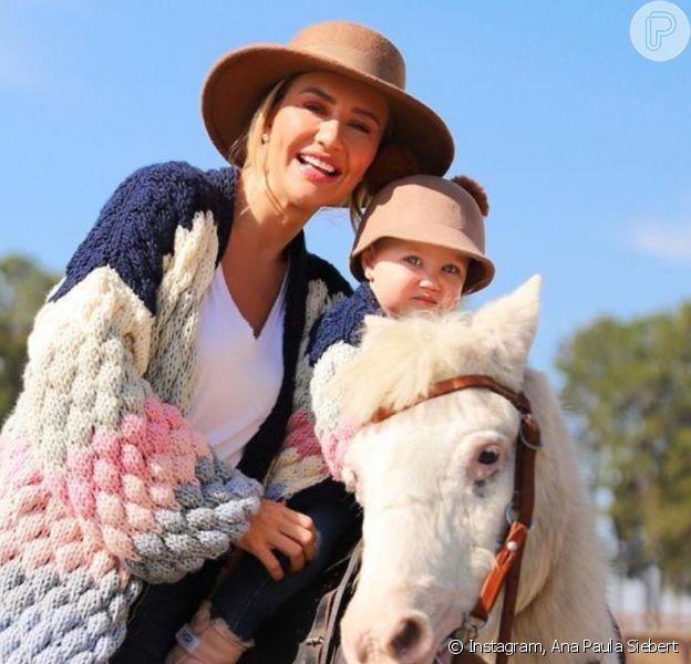 Filha de Ana Paula Siebert e Roberto Justus faz primeiro passeio a cavalo, em 3 de julho de 2021