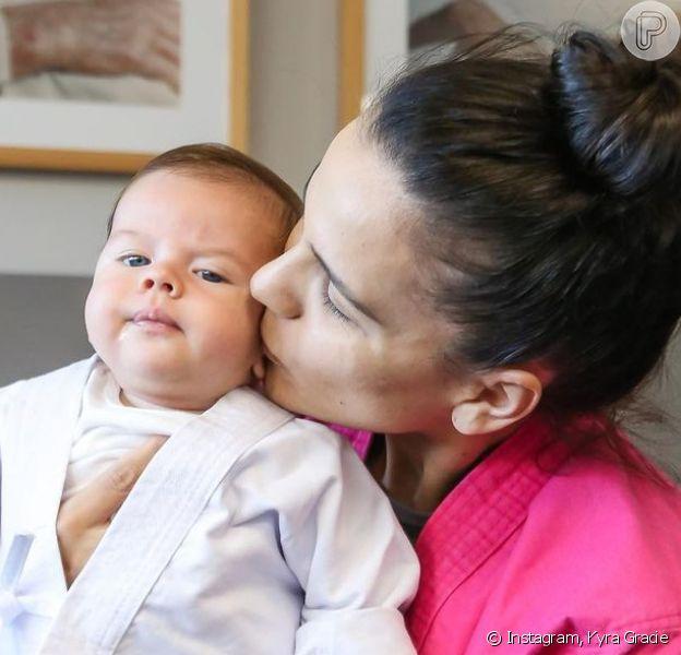 Malvino Salvador e Kyra Gracie se assustam ao precisar internar o filho caçula no CTI