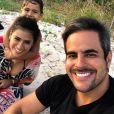 Simone e Kaká Diniz foram flagrados na hora do sexo por filho mais velho Henry, de 6 anos