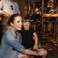 Rafaella Justus prestigia a irmã Fabiana Justus em lançamento da nova coleção de roupas da maninha