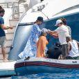 Bruna Biancardi e Neymar foram vistos juntos pela primeira vez durante passeio de barco em Ibiza, na Espanha