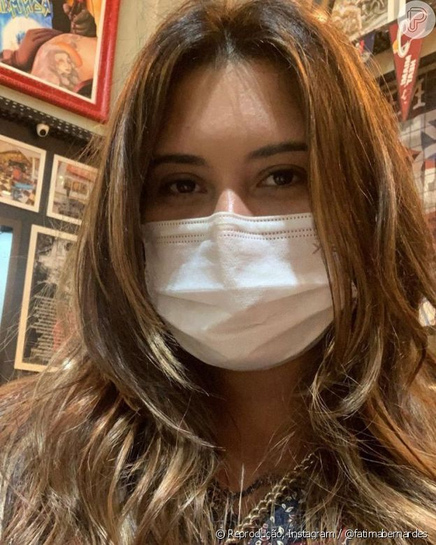 Fátima Bernardes posta foto da filha de cabelo novo