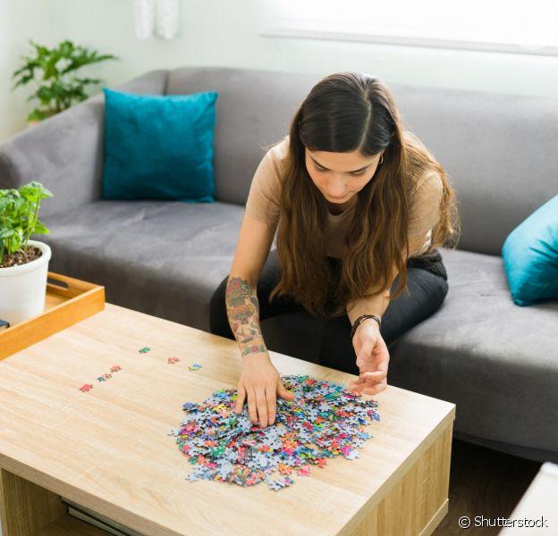 Atividades para a saúde mental e a criatividade? Dedique momentos para você, relaxe, divirta-se! Um quebra-cabeça é uma ótima opção