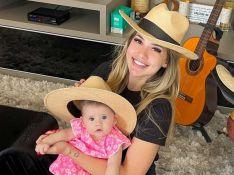 Virgínia Fonseca coloca chapéu de palha na filha e avisa: 'Segura, peão'