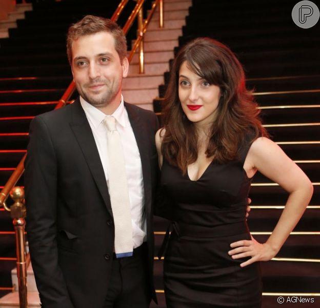 Gregorio Duvivier e Clarice Falcão, casal que integra o grupo Porta dos Fundos, termina o relacionamento de cinco anos