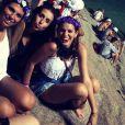 Bruna passou o carnaval solteira e curtiu um bloco de rua pela primeira vez na vida. Ela foi com as amigas no 'Vem Ni Mim Que Eu Tô Facinha', no Rio  de Janeiro