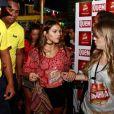 No dia seguinte, cercada de seguranças, Bruna Marquezine chegou ao trio de Ivete Sangalo na Bahia