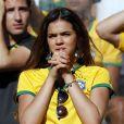 Bruna Marquezine torceu por Neymar no jogo da Seleção Brasileira contra Chile em 28 de junho de 2014