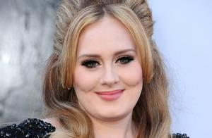 2d6a983a74ded Adele quer se casar em segredo e fonte afirma   Ela está muito envolvida