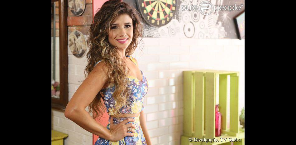 Paula Fernandes grava com o elenco de 'Malhação Sonhos', nesta quinta-feira, 18 de dezembro de 2014