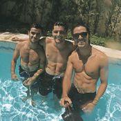 Rodrigo Simas, Bruno Gissoni e Felipe Simas mostram corpos sarados em piscina