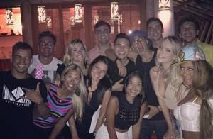 Neymar chega a Trancoso para Réveillon e curte festa com amigos: 'Felicidade'