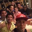 Neymar curte festa com amigos em Trancoso, na Bahia, onde vai passar o Réveillon