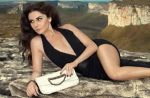 Giovanna Antonelli posa para ensaio fotográfico com decote e pernas de fora