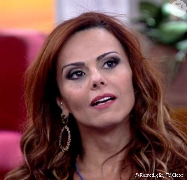 Viviane Araújo afirmou durante participação no 'Encontro com Fátima Bernardes' desta quarta-feira, 14 de janeiro de 2015: 'Adoro comer'