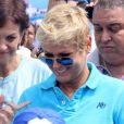 Xuxa sempre conversa com seus fãs em sua conta do Facebook