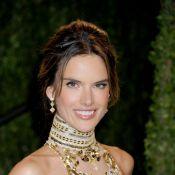 Angel da Victoria's Secret Alessandra Ambrosio faz 32 anos com corpo invejável
