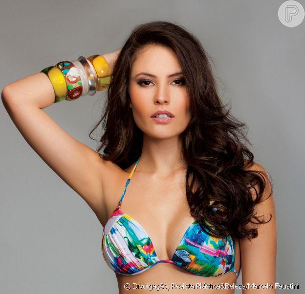 Ana Carolina Dias, de 'Império', posa de maiô para revista 'Plástica & Beleza' e conta como perdeu 18 kg em quatro meses após dar à luz: 'Malho desde os 18 anos'