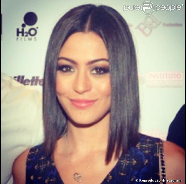 Carol Castro muda o visual e corta o cabelo, em 10 de abril de 2013