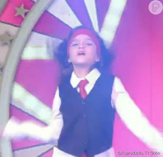 Mel Maia encanta jurados como 'Pequena Miss Sunshine', em competição no programa 'Caldeirão do Huck', em 7 de fevereiro de 2015