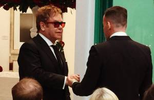 Filhos de Elton John vão à festa do Oscar com o cantor e o marido