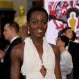 Lupita Nyong'o tem vestido de R$300 mil, usado no Oscar, roubado em Hollywood, afirma jornal nesta quinta-feira, 26 de fevereiro de 2015