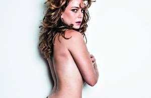 Leandra Leal posa sexy de topless e relembra adolescência: 'Me achava horrível'