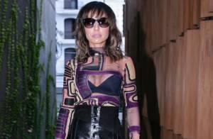 Sabrina Sato lança coleção de sapatos e comemora com look transparente ousado