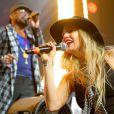 Fergie se apresentou no  festival de música  Coachella, nos Estados Unidos