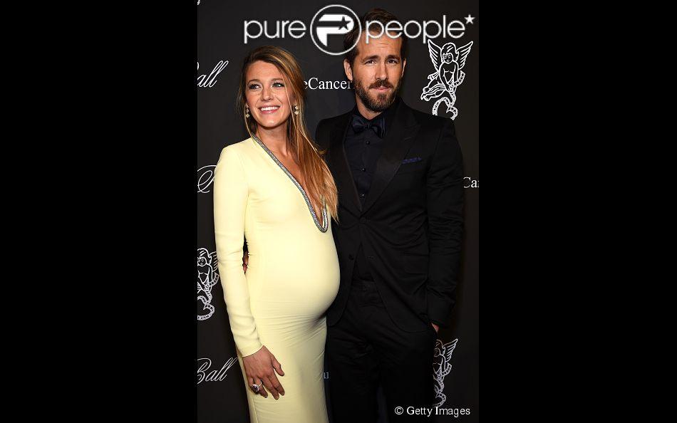Aos 38 anos, o ator é casado com Blake Lively e são pais da pequena James