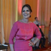 Luiza Brunet completa 51 anos esbanjando boa forma e o desejo de ser avó