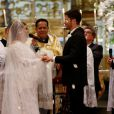 Preta Gil e Rodrigo Godoy trocaram alianças em uma cerimônia luxuosa na Igreja Nossa Senhora do Carmo, no Centro do Rio de Janeiro