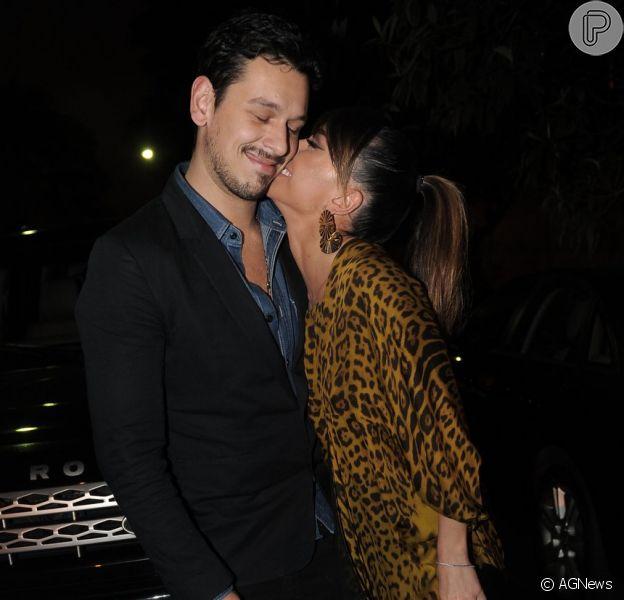 João Vicente quer fazer a namorada, Sabrina Sato, feliz, em 1 de junho de 2013