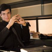 Félix tranca filho no armário em 'Amor à Vida': 'Mateus me segurou forte'