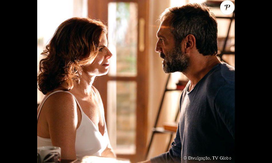 Lígia (Debora Bloch) e Miguel (Domingos Montagener) ficam juntos no final de 'Sete Vidas'