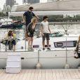 Os sete filhos de Miguel (Domingos Montagner) se reúnem em viagem de barco, no último capítulo da novela 'Sete Vidas',