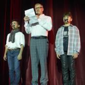 Miguel Falabella manda recado para juiz que vetou atores mirins em seu musical