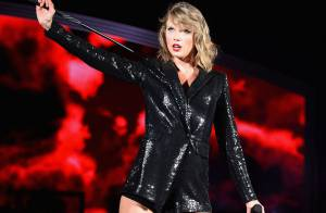 Taylor Swift fica presa em andaime durante show: 'Vou ficar aqui para sempre'