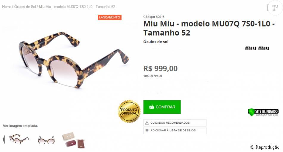 9695fa5aacdc3 O modelo de óculos de sol usado pela atriz durante o passeio com as amigas  está sendo vendido por cerca de R  1.000