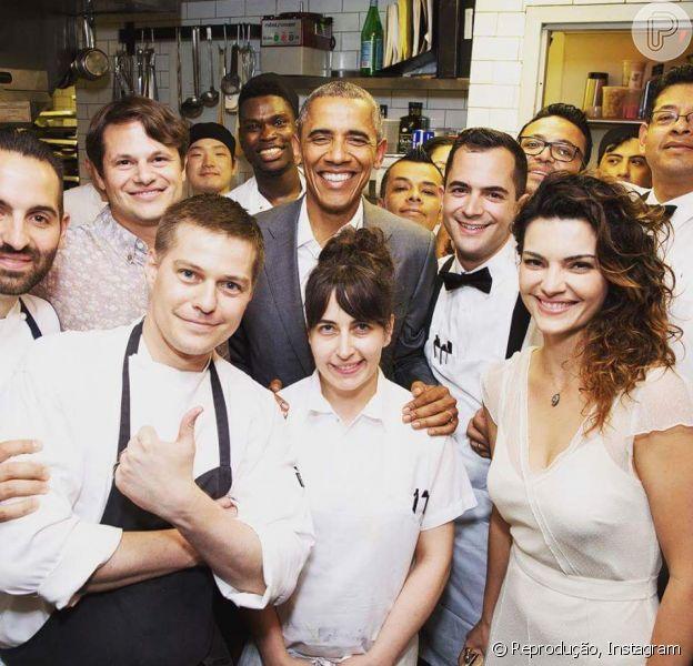 Mayana Neiva fotografou ao lado do presidente Barack Obama e postou a foto nas suas redes sociais