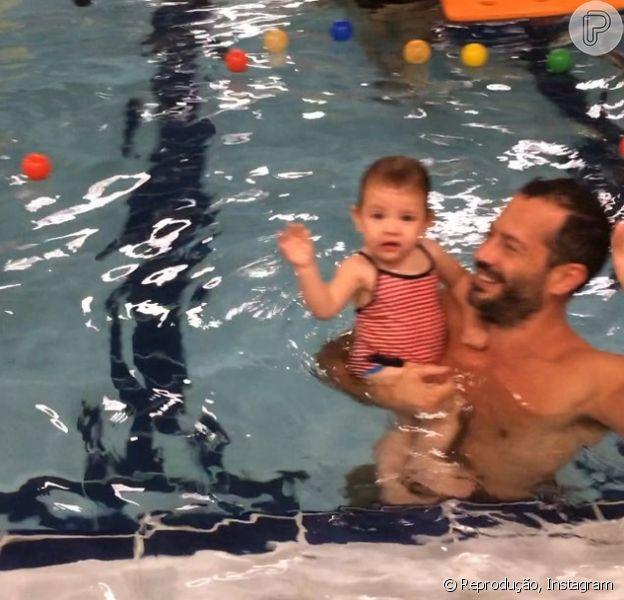 Malvino Salvador publicou um vídeo divertido com a filha, Ayra, nesta terça-feira, 28 de julho de 2015